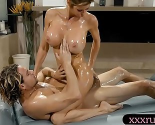 Big meatballs milf masseuse gives massage