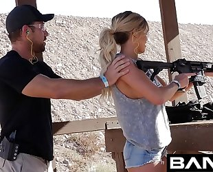 Bang confessions: jessa rhodes squirts for the gun coach
