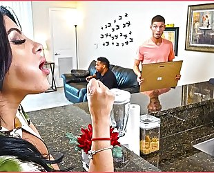 Bangbros - kitty caprice receives her latin large arse screwed during the time that her bf is home