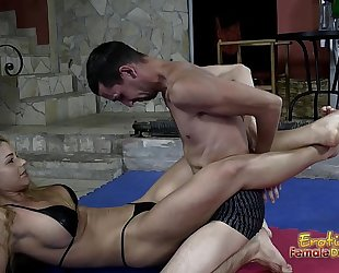 Victorious wrestling dominatrix-bitch jerks off her loser serf